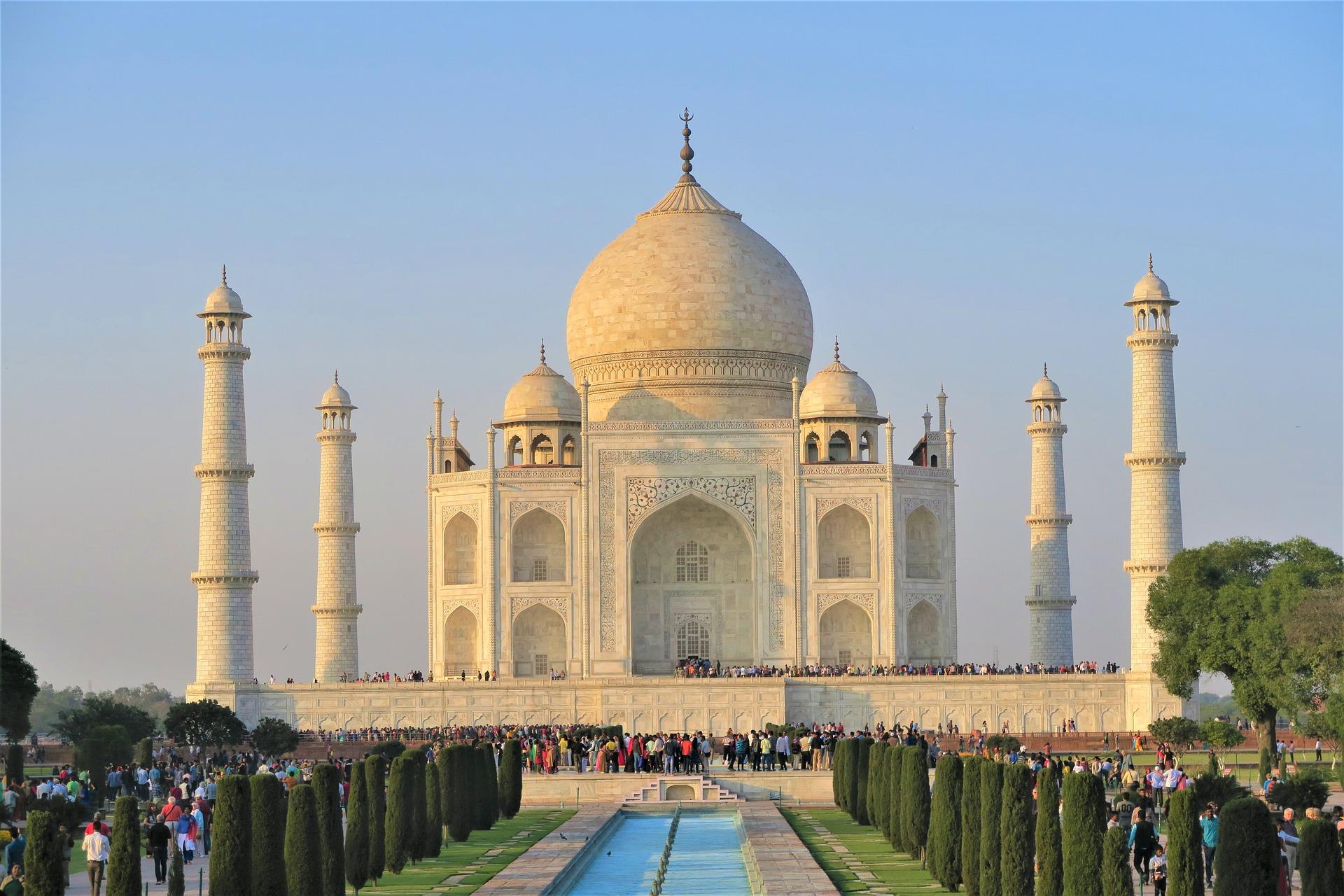 Magische 7: 7 Türme des Taj Mahal