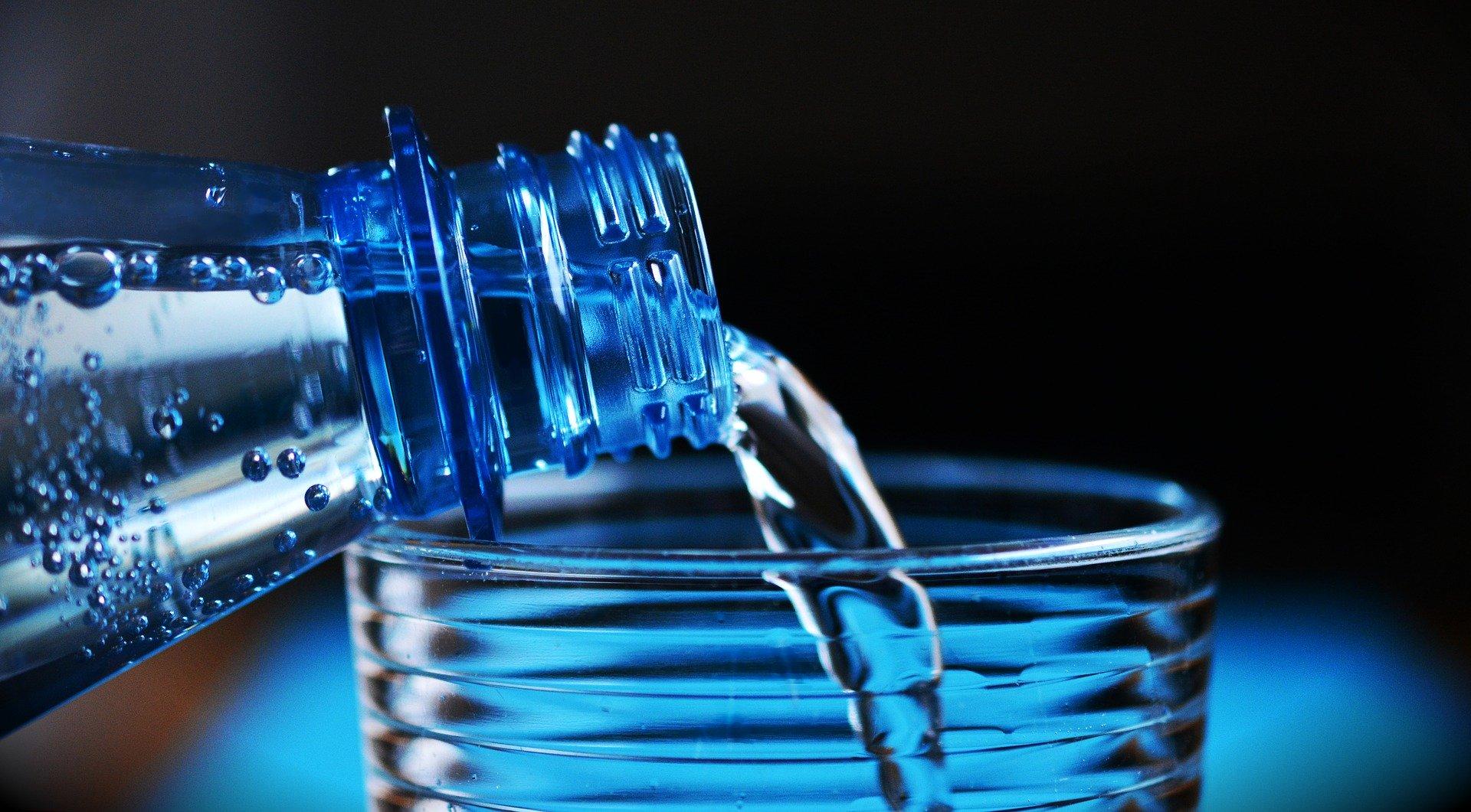 Wasser trinken hilft gegen Prüfungsangst